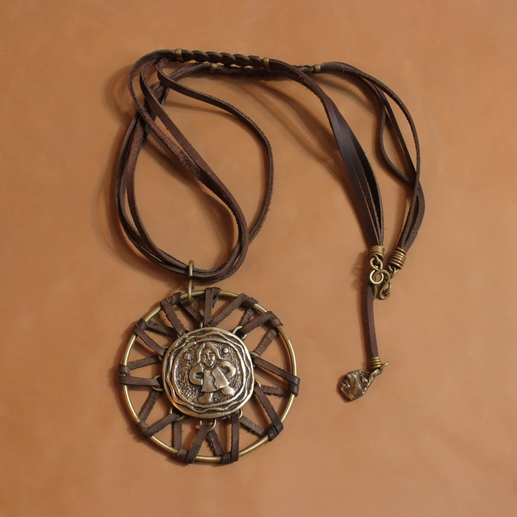 Tight Bride Necklace