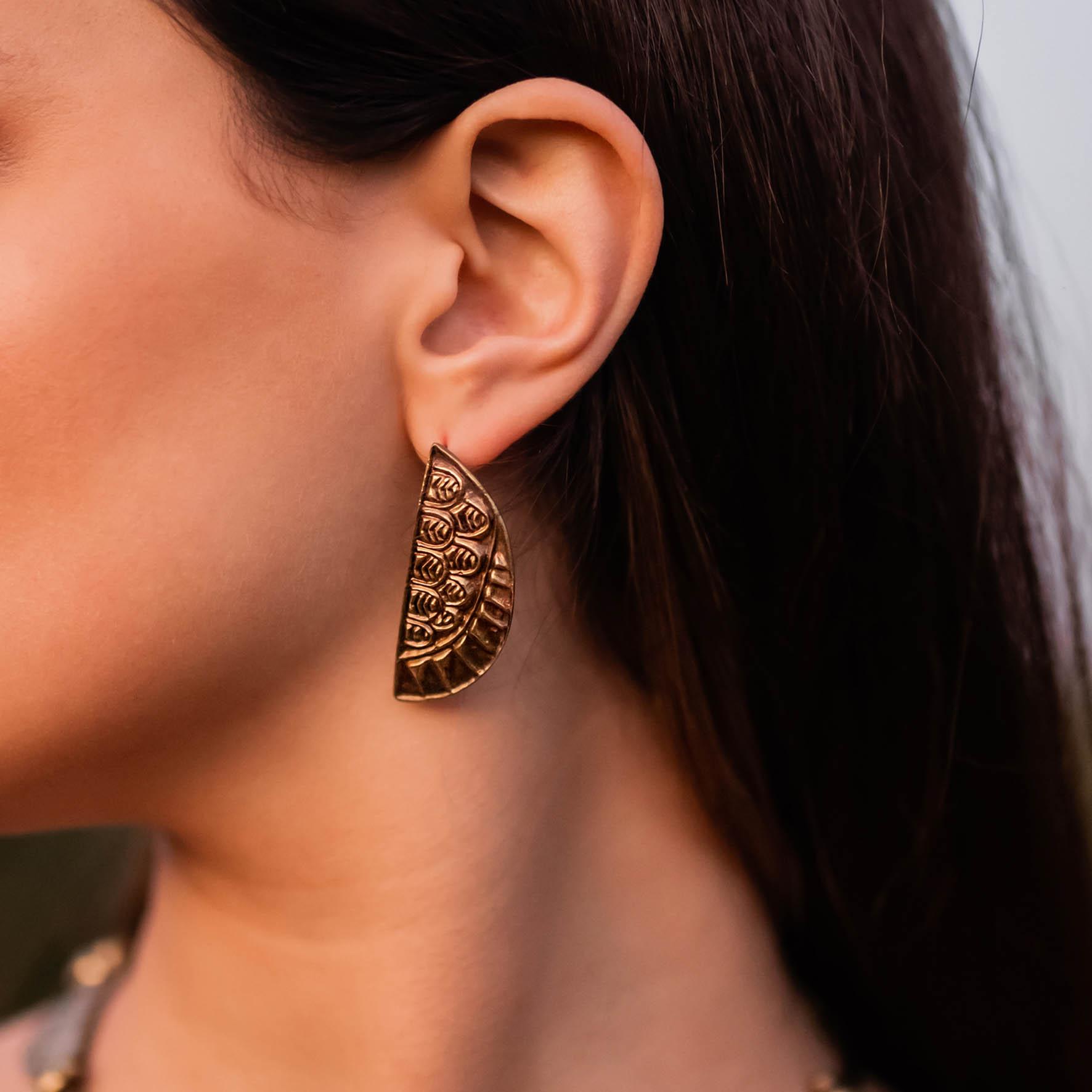 Semicircular Wing Earrings