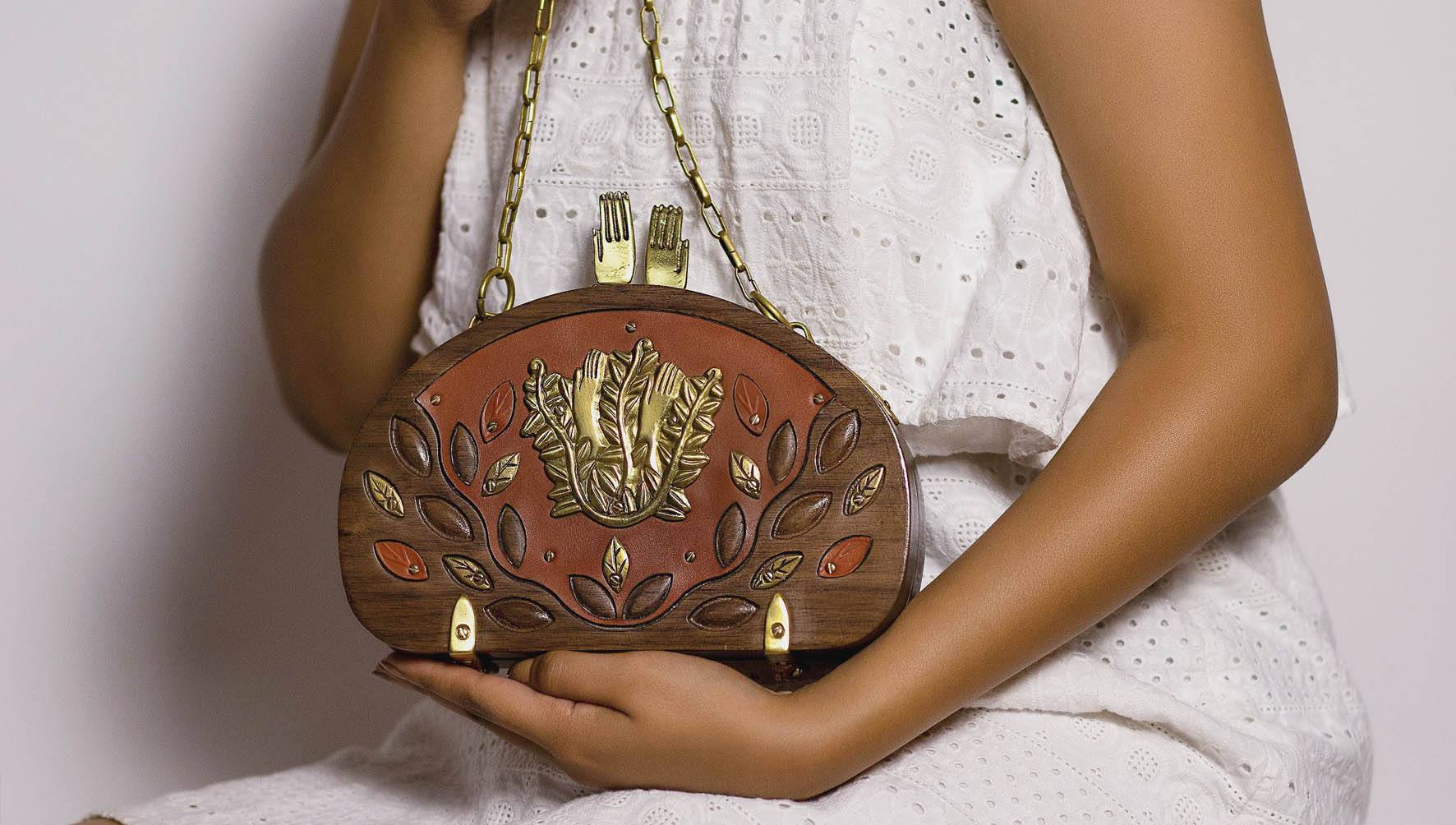 Winter Pharaonic Collection - Tree of Life wooden bag